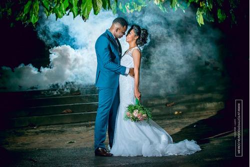 Imagem 1 de 10 de Fotógrafo De Casamento