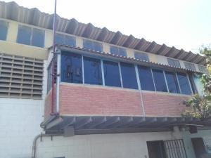 Comercial En Zona Industrial Alquiler 20-1679 Rm 04245038618