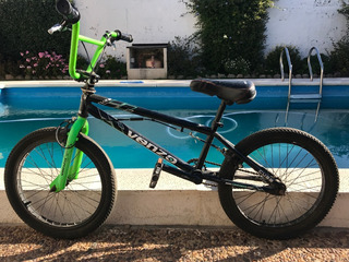 Bicicleta Bmx Venzo (usada)