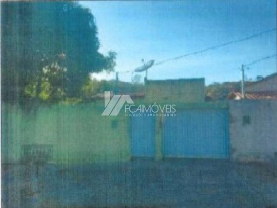 Rua Custodio Alves De Carvalho, Caravelas, Governador Valadares - 401258