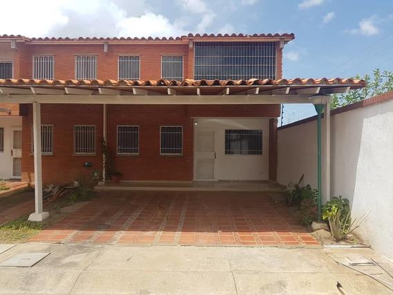 En Venta Town House Terrazas Del Atlantico. Puerto Ordaz