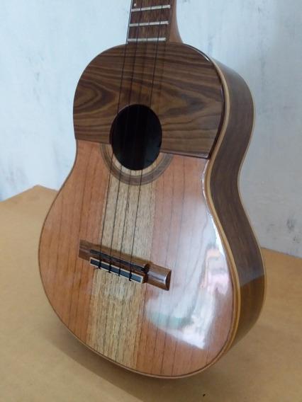 Cuatro Acústico. Mod. 04. Luthier Andrés Rodríguez