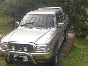 Toyota Hilux 3.0 Srv Cab. Dupla Turbo 4x4 4p 2003