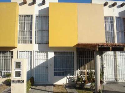 Renta De Casa En El Fraccionamiento Villas Santa María