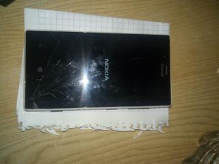 Telefono Nokia Lumia 720 Con Detalle