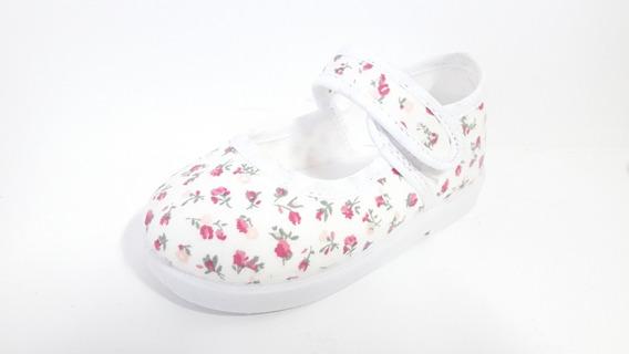 Zapatilla Niña Guillermina Blanca Flores Calzado Infantil