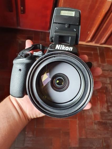 Câmera Nikon P900