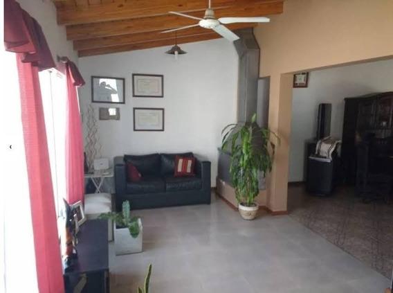 Casa En Venta De 3 Dormitorios Barrio Residencial Santa Rosa