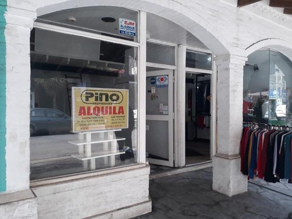 Santa Teresita. Local Comercial En Pleno Centro.