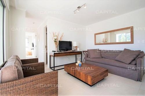 Moderno Apartamento En Venta Ocean Drive - Ref: 27234
