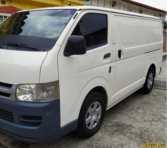 Toyota Hiace Panel