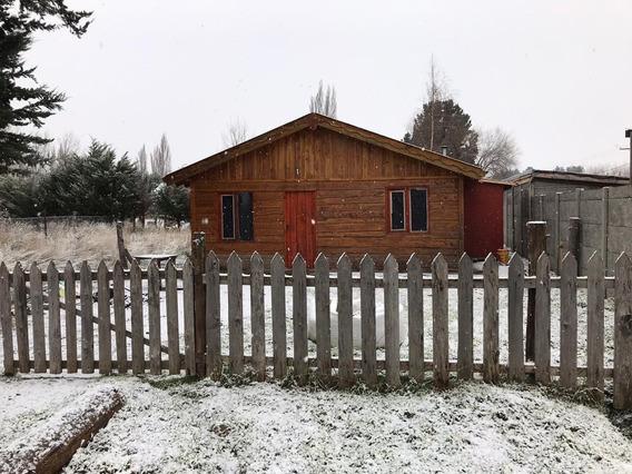 Casa Estilo Cabaña Con Quincho En Aldea Escolar, Trevelin