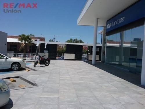 En Importante Plaza Comercial Al Norte, Disponibles Aun!!