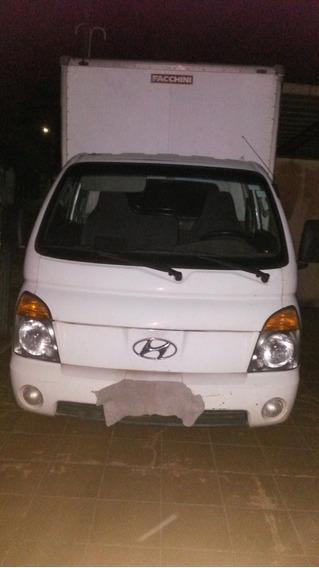 Hyundai Hr Com Baú - 2007/08