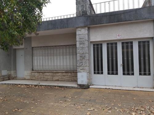 Imagen 1 de 9 de Casa Dos Dormitorios- Muy Linda Ubicación -junin