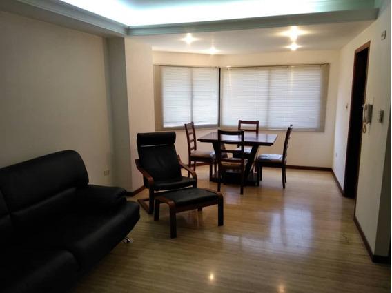 Apartamento En Alquiler Bella Vista Plaza Maracaibo