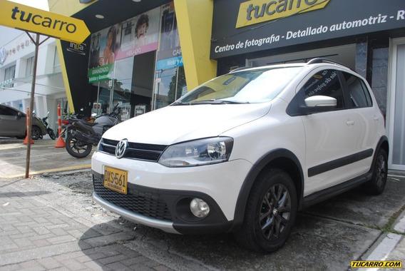 Volkswagen Crossfox Hatch Back