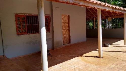 6455   Chácara Com 03 Quartos, Em Peruíbe.