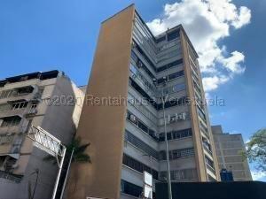 Oficina En Alquiler En Chacao 21-4464 Sj 04142718174