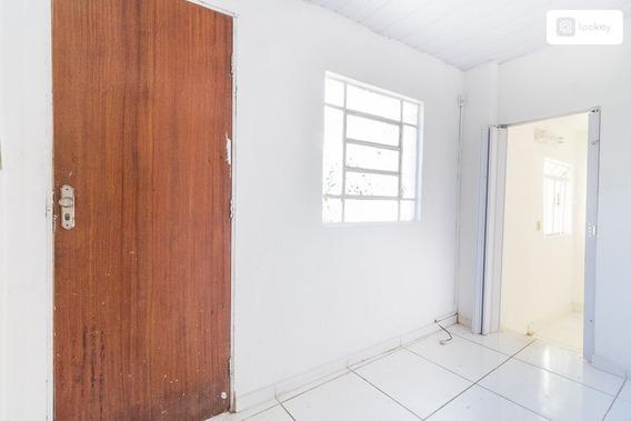 Casa De Fundos Com 50m² E 1 Quarto - 4534