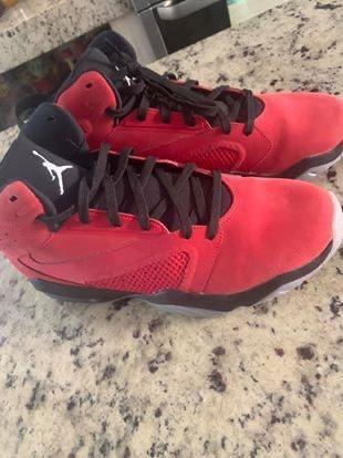 Teniz Jordan Rojo Gamuza Nuevos Número 8