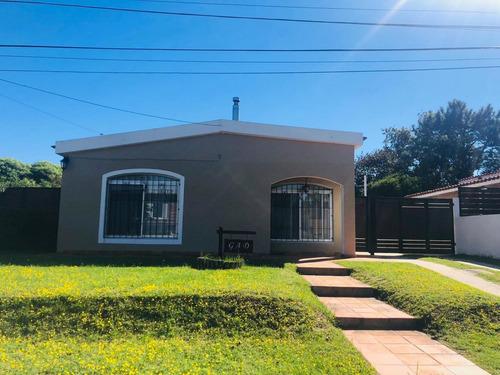 Casa En Pinares Punta Del Este Ref 3751