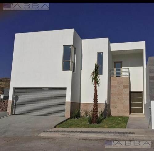 Casa En Venta En Fracc Pedregal Del Alba