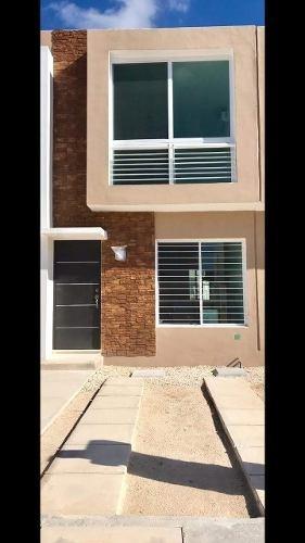 Renta De Casa Amueblada En Cancún, En Zona De Gran Santa Fe
