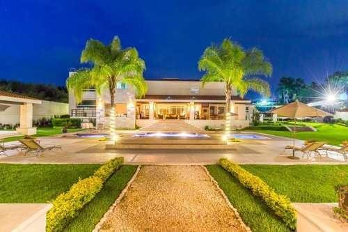 Espectacular Residencia En Lomas De Cocoyoc, Morelos...cv-2928