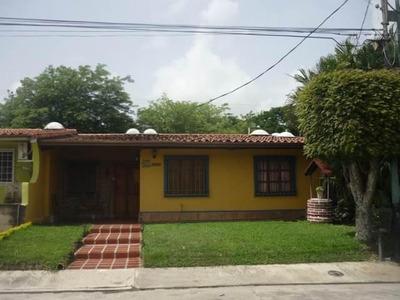 Casa En Venta Zona Este 19-12569rhb
