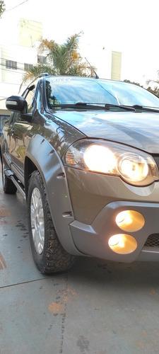 Imagem 1 de 13 de Fiat Strada 2011 1.8 16v Adventure Locker Ce Flex 2p