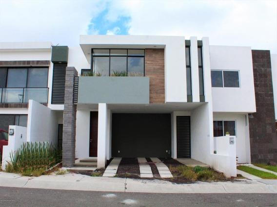 Casa En Renta En Zibata, El Marques, Rah-mx-21-388
