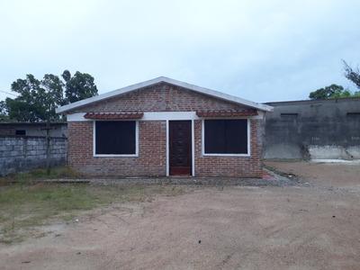 Alquilo Casa Anual