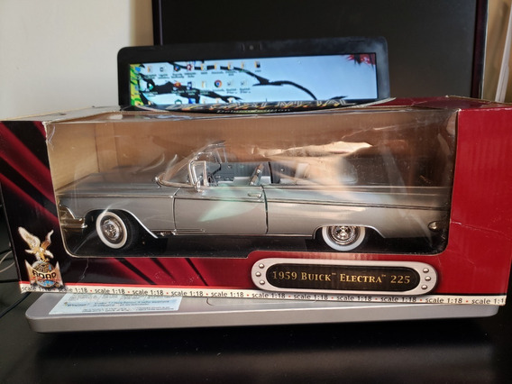 1959 Buick Electra 225 Deluxe Edition - 1/18