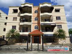Amplio Apartamento En La Urbanización Piña