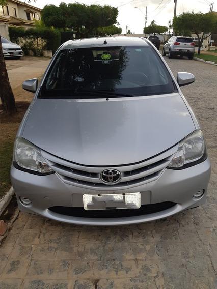 Toyota Etios X 2013/2014
