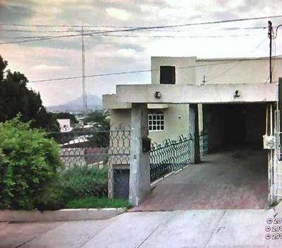 Excelente Casa En Venta Col. Lomas De Gpe