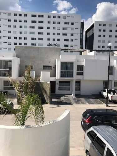 Departamento Amueblado En Renta En Juriquilla