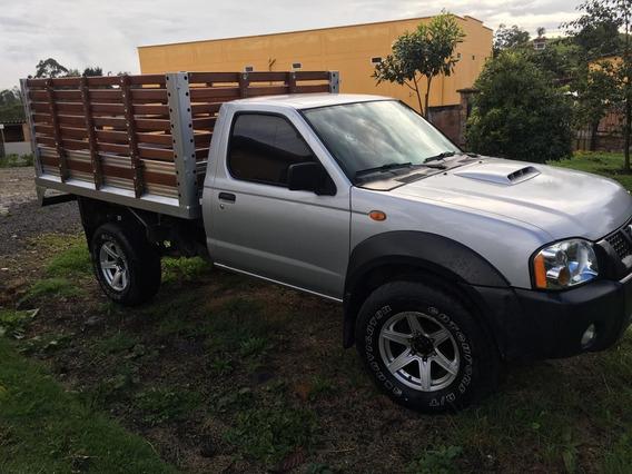 Nissan D22/np300 2.5 Diesel 2 Puertas Camioneta De Trabajo