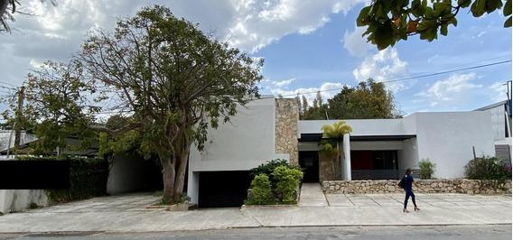 Renta Casa Para Oficinas O Corporativo Sobre Avenida, Zona Norte!!!