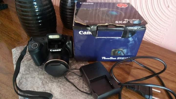 Câmera Canon Semi Profissional / Semi Nova