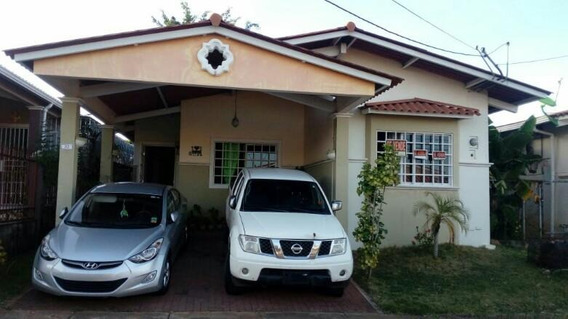 Alquilo Casa En Residencial Vista Mar La Chorrera18-1041*gg