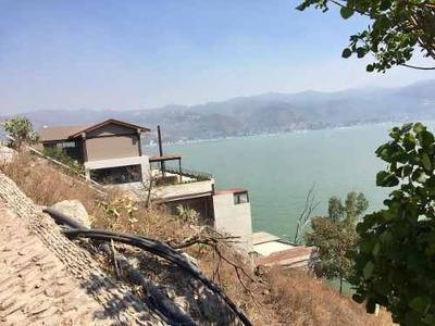 Últimos Terrenos En La Peña A Pie Del Lago