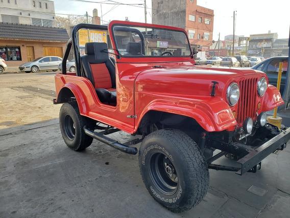Jeep Ika 1960 4x4 Fibra