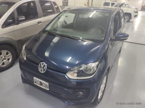 Volkswagen High Up 3p 2015 74.500km // Pestelli
