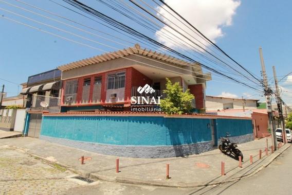 Casa Com 3 Quartos Em Vista Alegre [v99] - V99
