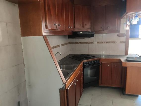 Apartamento En Venta Castillejo Gina Briceño 20-15167