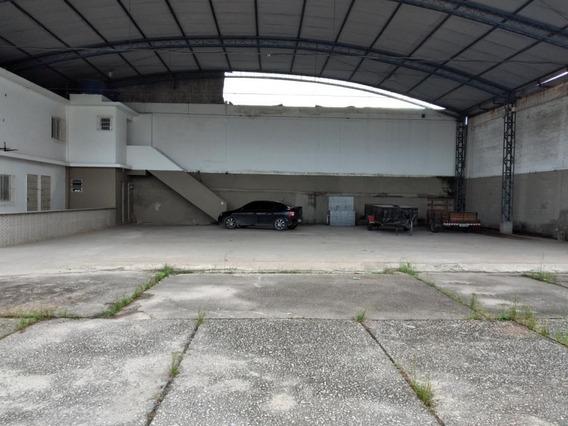 Galpão Em Chácaras Rio-petrópolis, Duque De Caxias/rj De 2500m² 6 Quartos Para Locação R$ 10.000,00/mes - Ga407058
