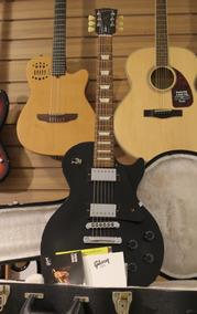 Gibson Les Paul Studio Faded 2016 + Case Estudo Trocas