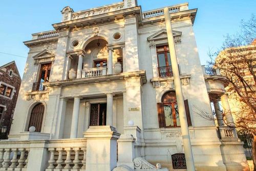 Imagen 1 de 12 de Amplia Casa Patrimonial En Arriendo - Casa Mac Clure